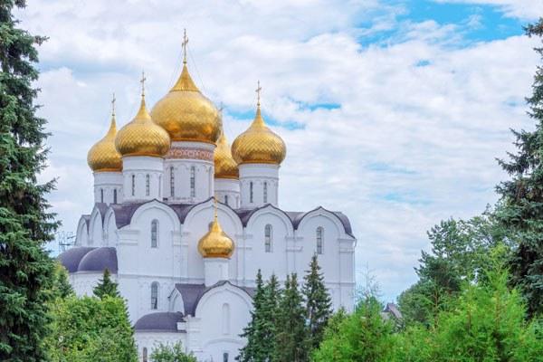 Moskau - Goldener Ring Reise. Jaroslawl.