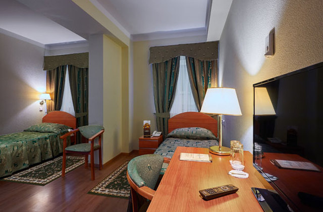 St. Petersburg Reisen. Hotel Dostoevsky. Superior Zimmer.