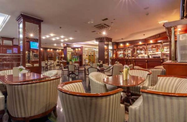 Hotel Golden Ring Bar Diamond