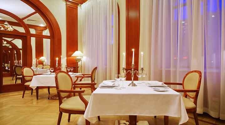 St. Petersburg Reise Hotel Oktyabrskaya